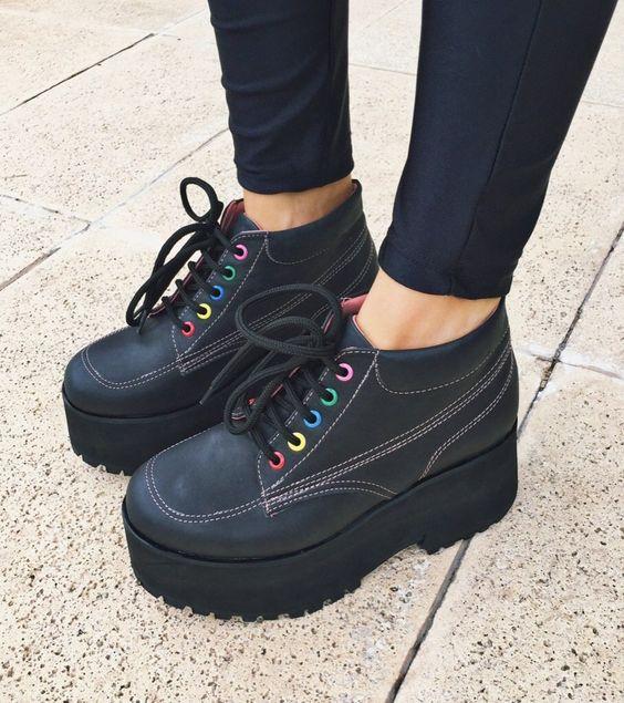 Модная детская обувь