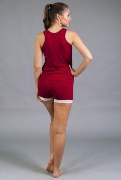 пижама закрытая красная сзади