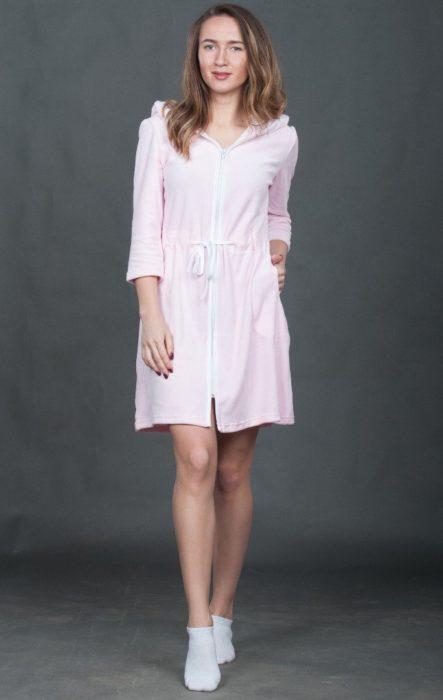 Розовый халат