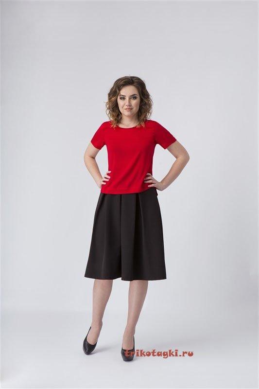 Юбка черная и блузка красная