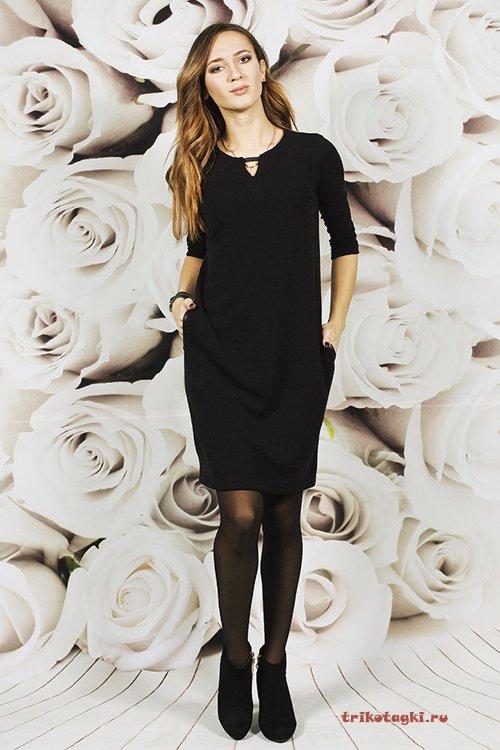 Черное платье выше колена