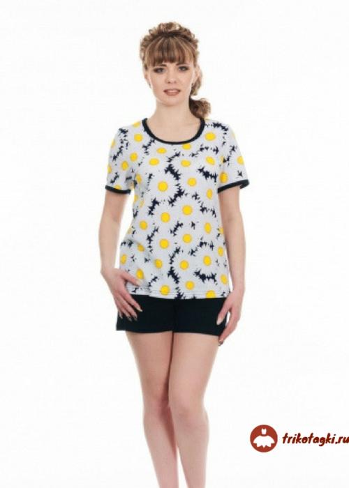 Пижама женская с шортами в ромашки