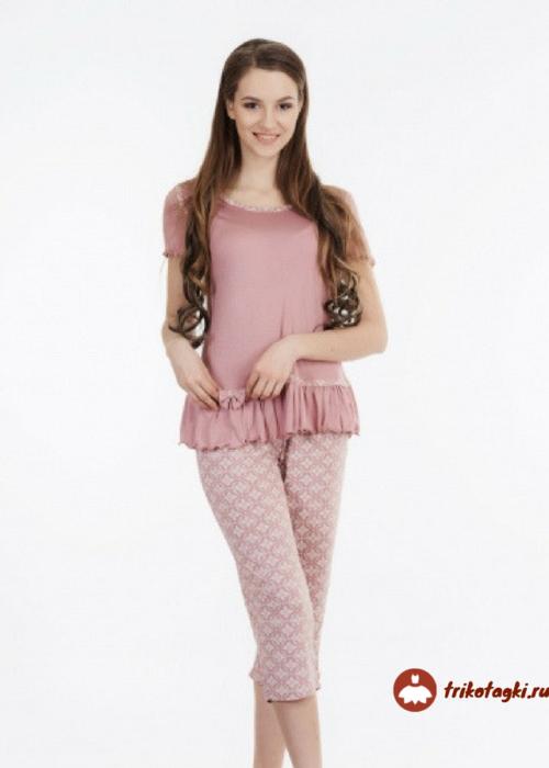 Пижама женская розовая с бриджами