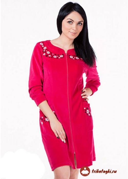 Красный женский халат