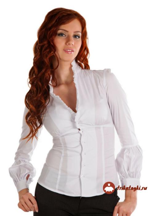 Блузка женская белая с воротником стойка