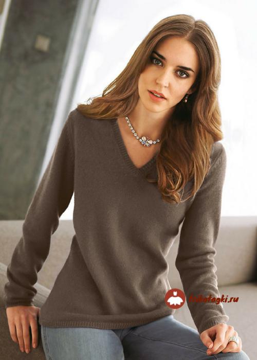 Пуловер женский кофе