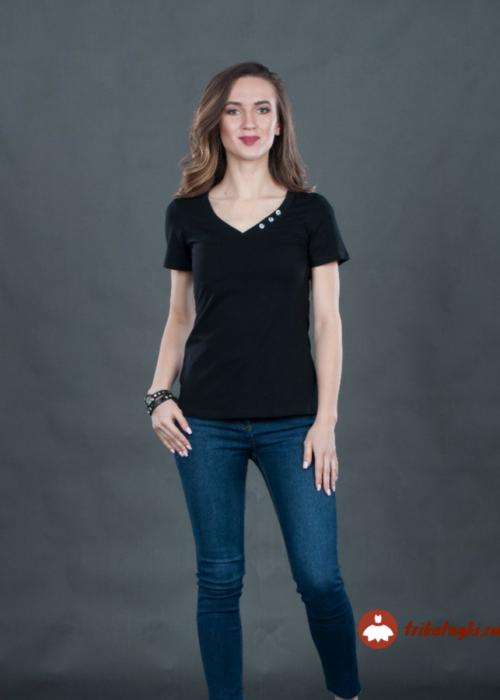 Черная женсмкая футболка с в-образным воротом