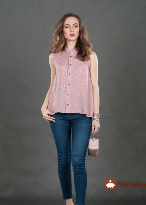 Легкая блузка без рукавов розовая