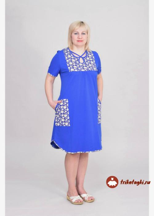 Синее платье на каждый день с отделкой