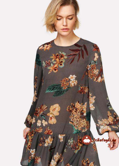 Платье с цветами и епископским рукавом