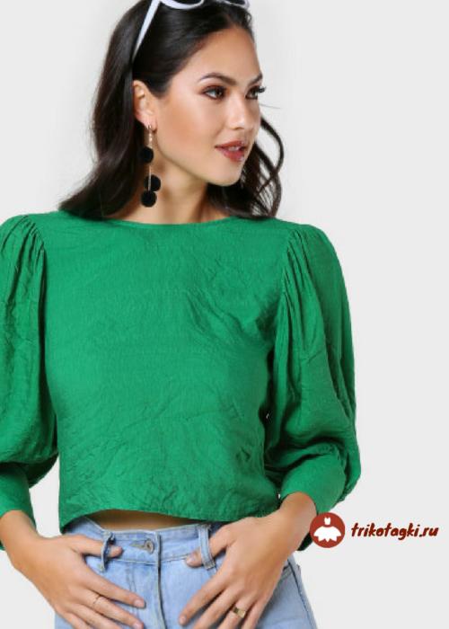 Блузка женская зеленая с рукавом окорок