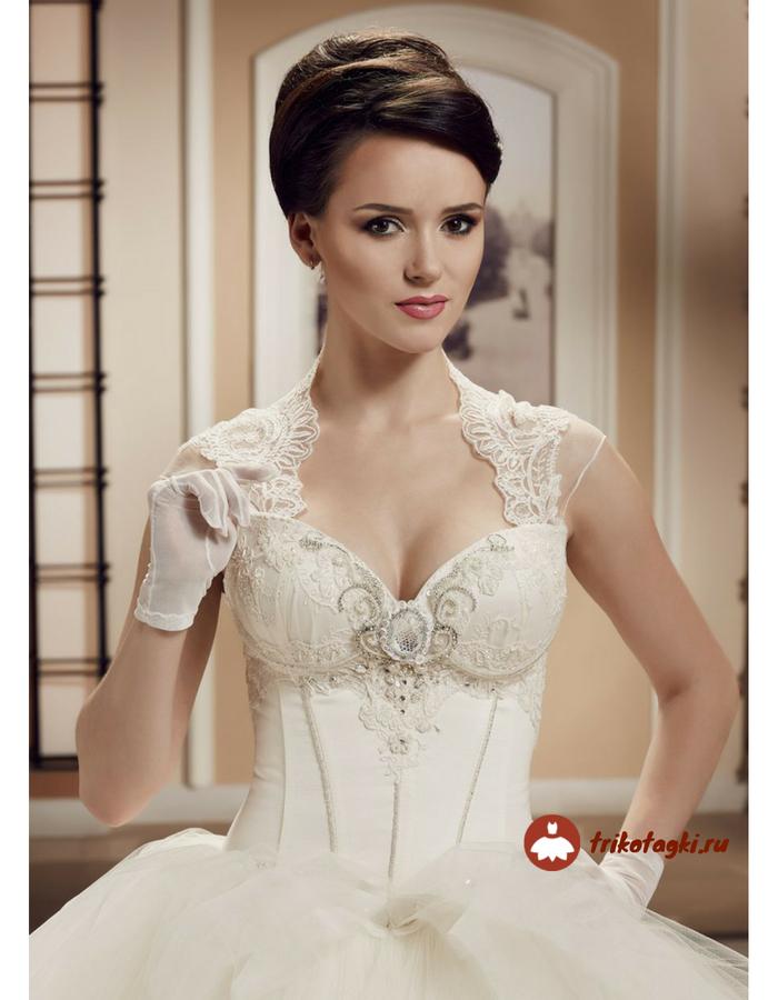 Свадебное платье цвета шампань с вырезом Анжелика