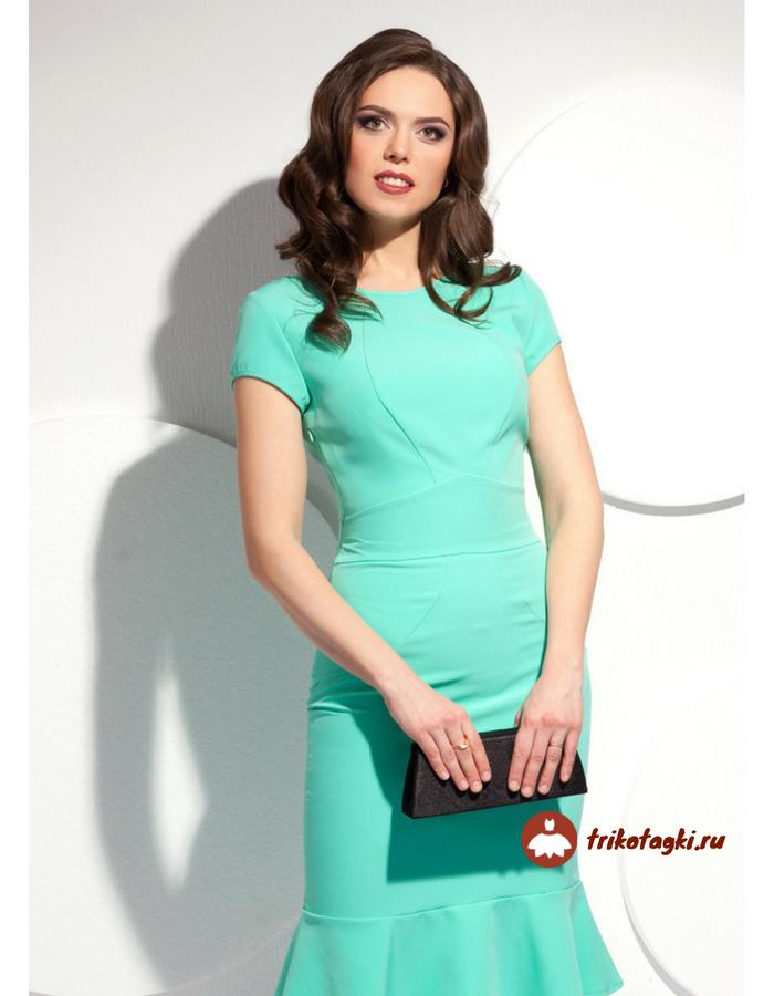 Зеленое платье с горловиной ювелирный вырез