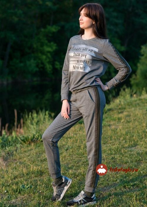 Костюм спортивный женский серый с лампасами