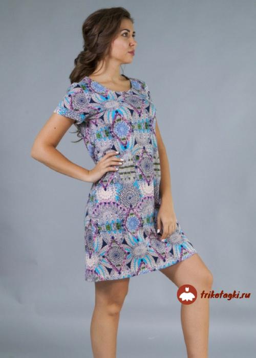 Платье женское с цветным орнаментом