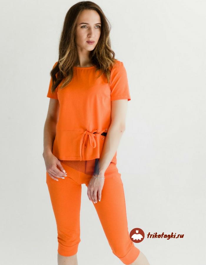 Костюм трикотажный оранжевого цвета
