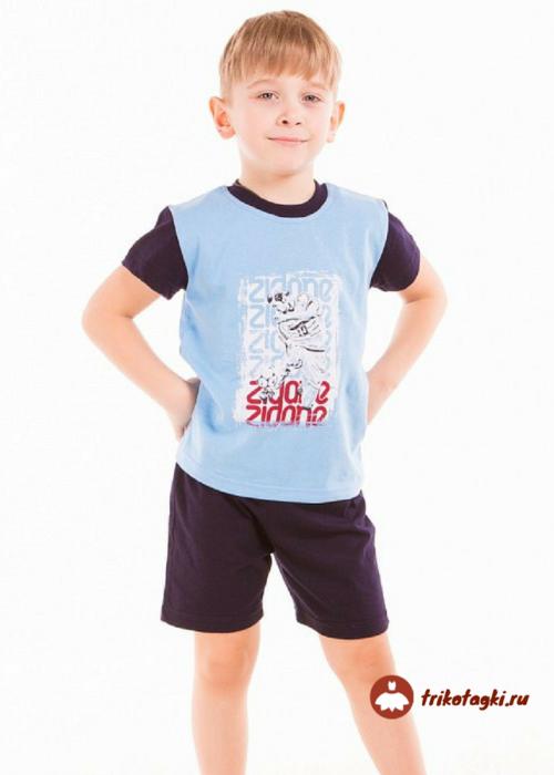 Костюм на мальчика летний с голубой футболкой и черными шортами
