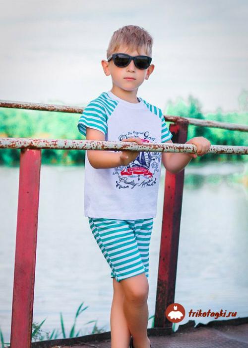 Костюм летний на мальчика морской в зеленую полоску