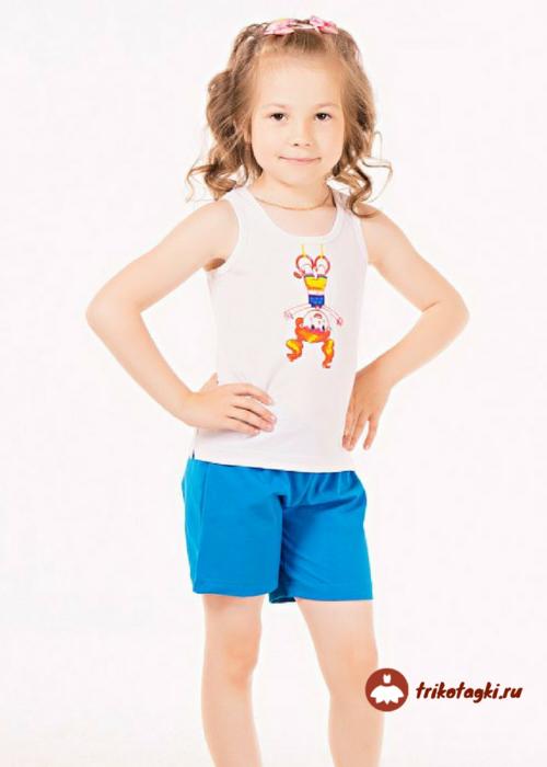 Комплект для девочки с майкой и голубыми шортами