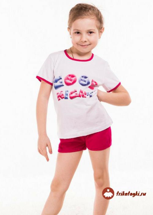 Костюм летний на девочку с короткими шортами