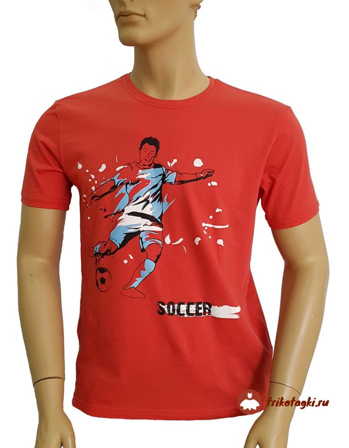 Красная мужская футболка с футболистом
