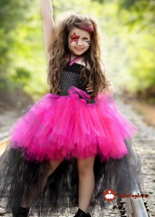 Девочка в стиле рок