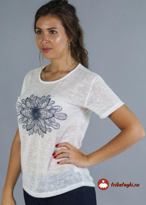 Блузка белая с цветком