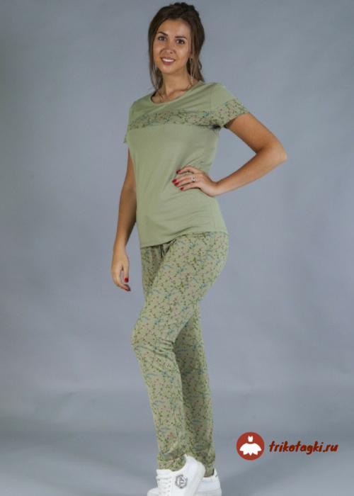 Женский костюм зеленый летний