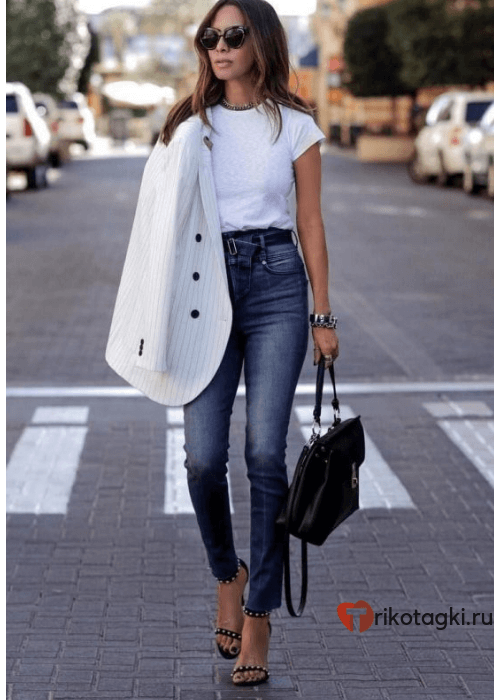 Модный лук с пиджаком и джинсами