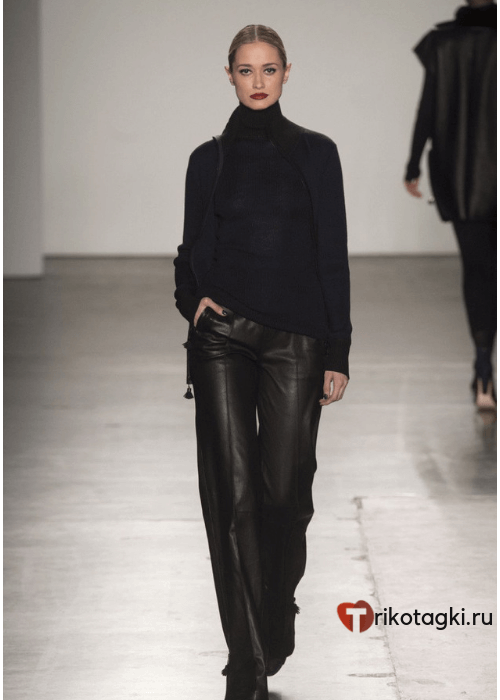 Кожаные штаны женские широкие