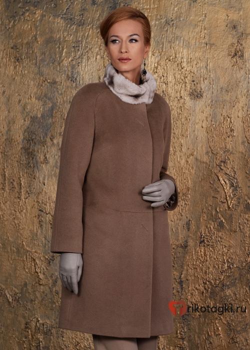 Женское пальто реглан
