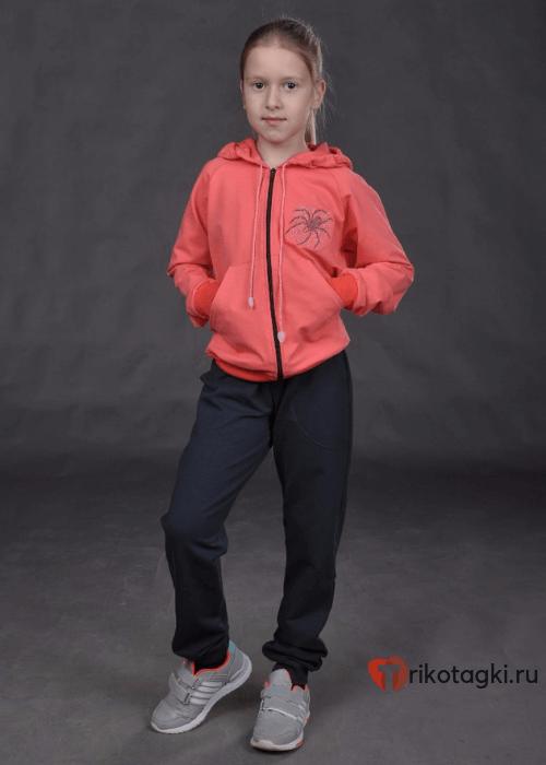 Спортвный костюм для девочки с красной кофтой