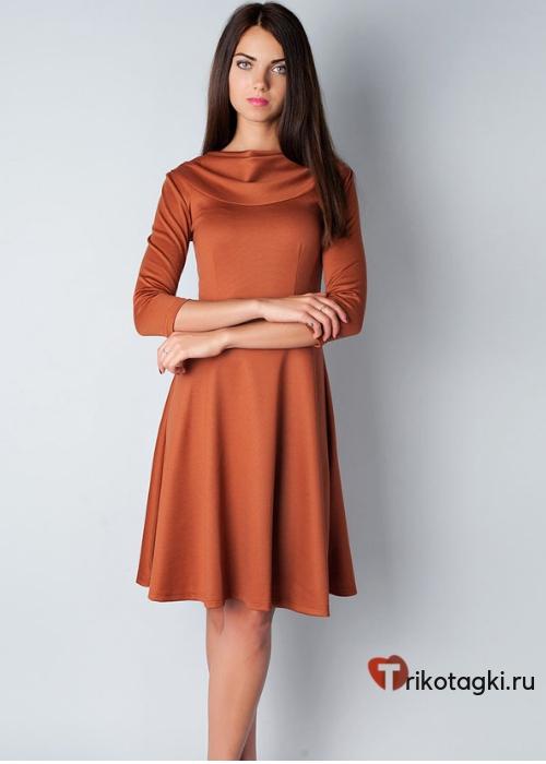 Терракотовое платье до колена на новый год