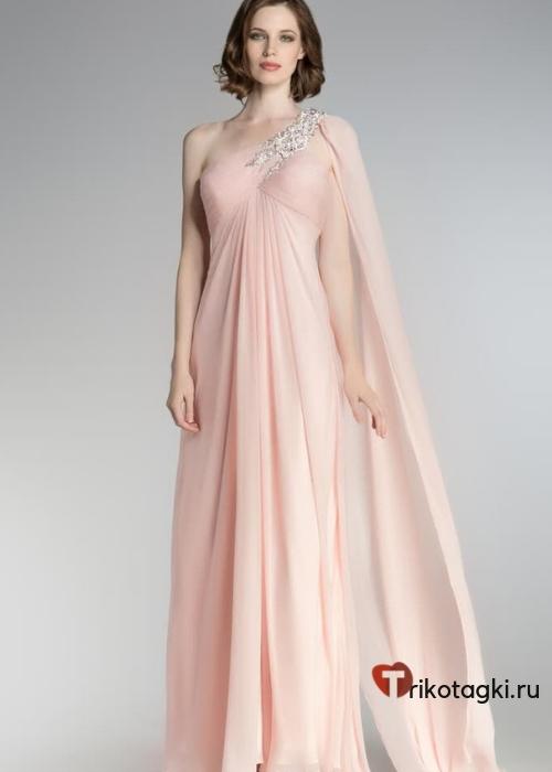 Платье экрю на новый год