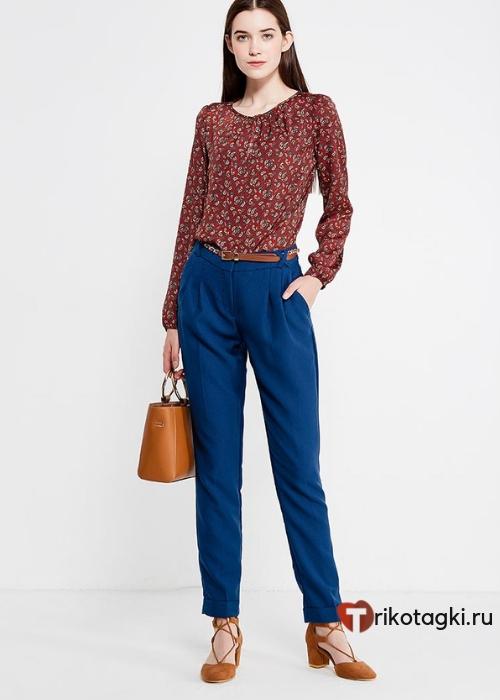 Классические прямые синие брюки с подворотами на женщин