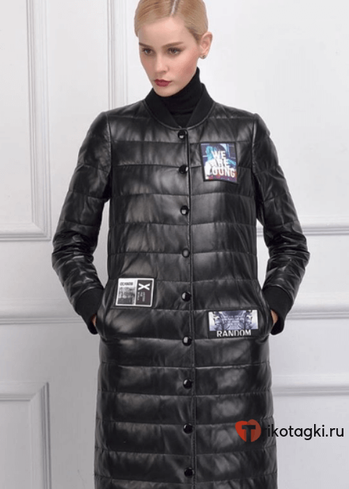 Модное пальто из кожи черное