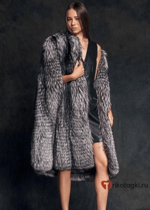 Модное пальто кейп из искусственного меха