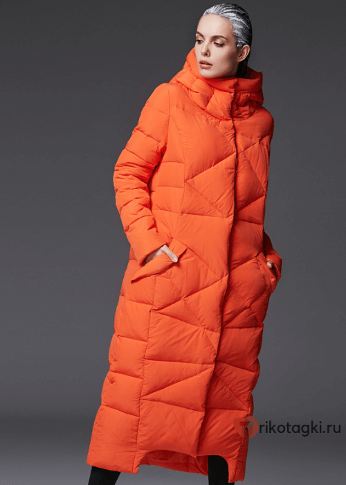 Модное стеганое пальто оранжевое