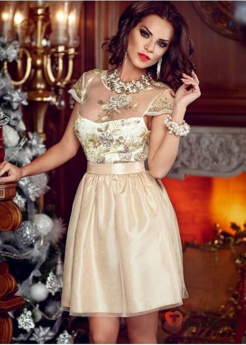 Новогоднее платье для водолея