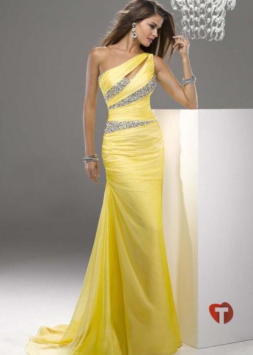 Желтое праздничное платье