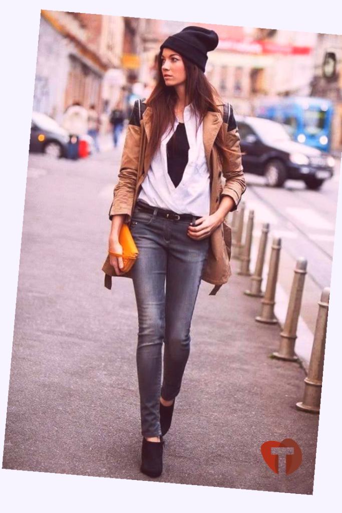 Женские джинсы и куртка в стиле кэжуал