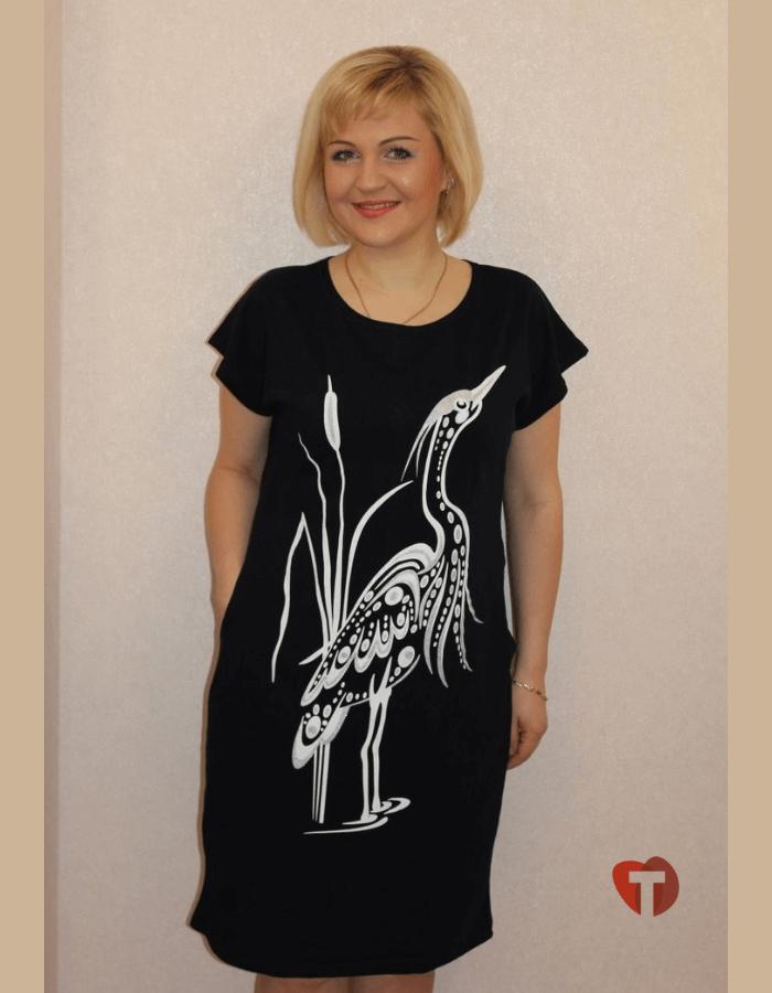 Платье черное с цаплей