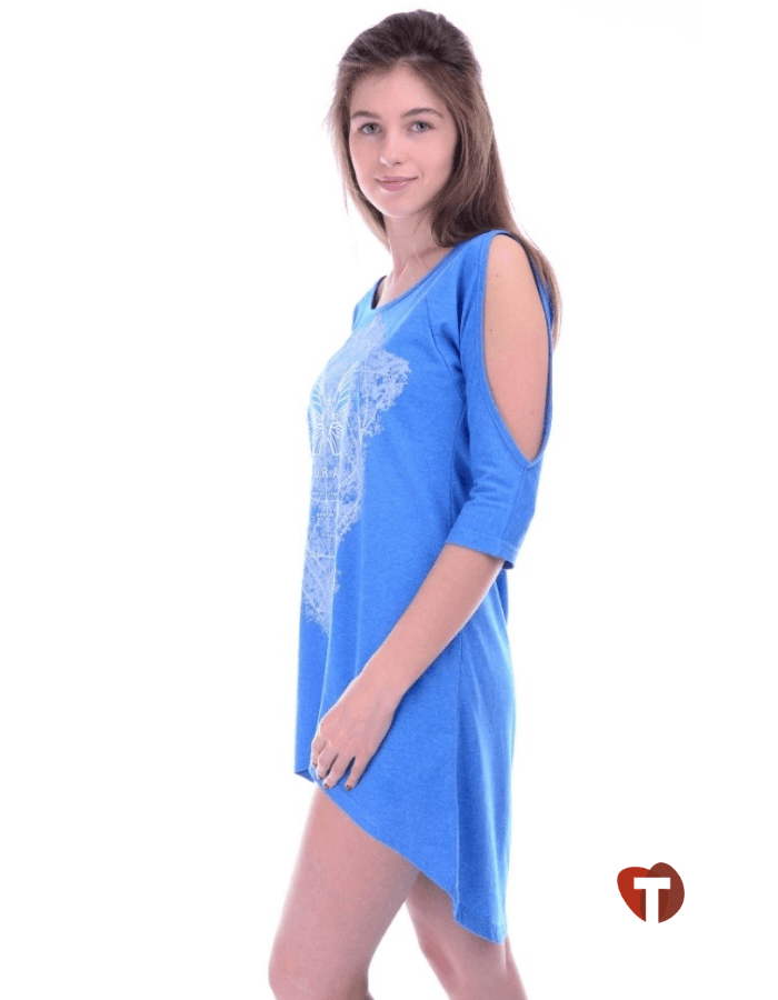 Платье голубое с открытыми плечами