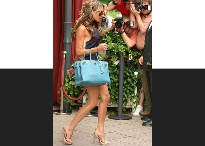 Виктория Бекхэм и сумка Birkin от Hermès